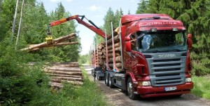 Scania R 620 6x4 Highlinetimber truck with trailer.SwedenPhoto: Dan Boman